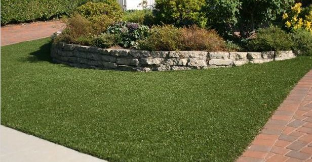 artificial-grass-front-yard-landscaping
