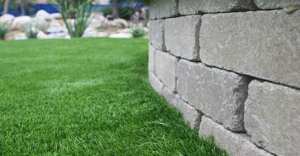 landscaping-with-jacks-turf1